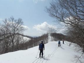 雪のある時しかできない縦走路。