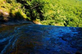 大滝の落ち口
