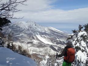 昨日はあの三田原の斜面を滑ったなぁ